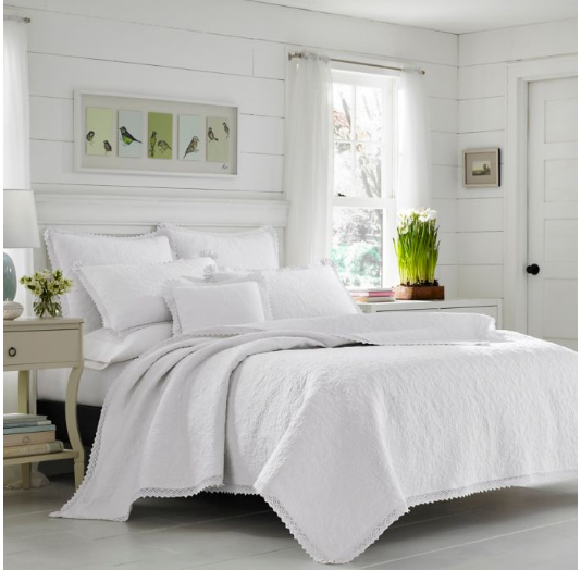 lightweight summer bedding pretty trim