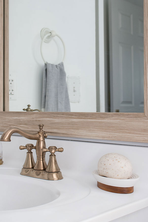 Transform Your Bathroom With Sink Paint The Honeycomb Home