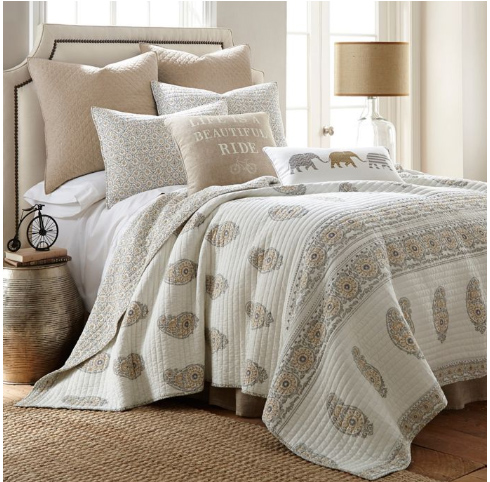 white and tan paisley quilt summer bedding