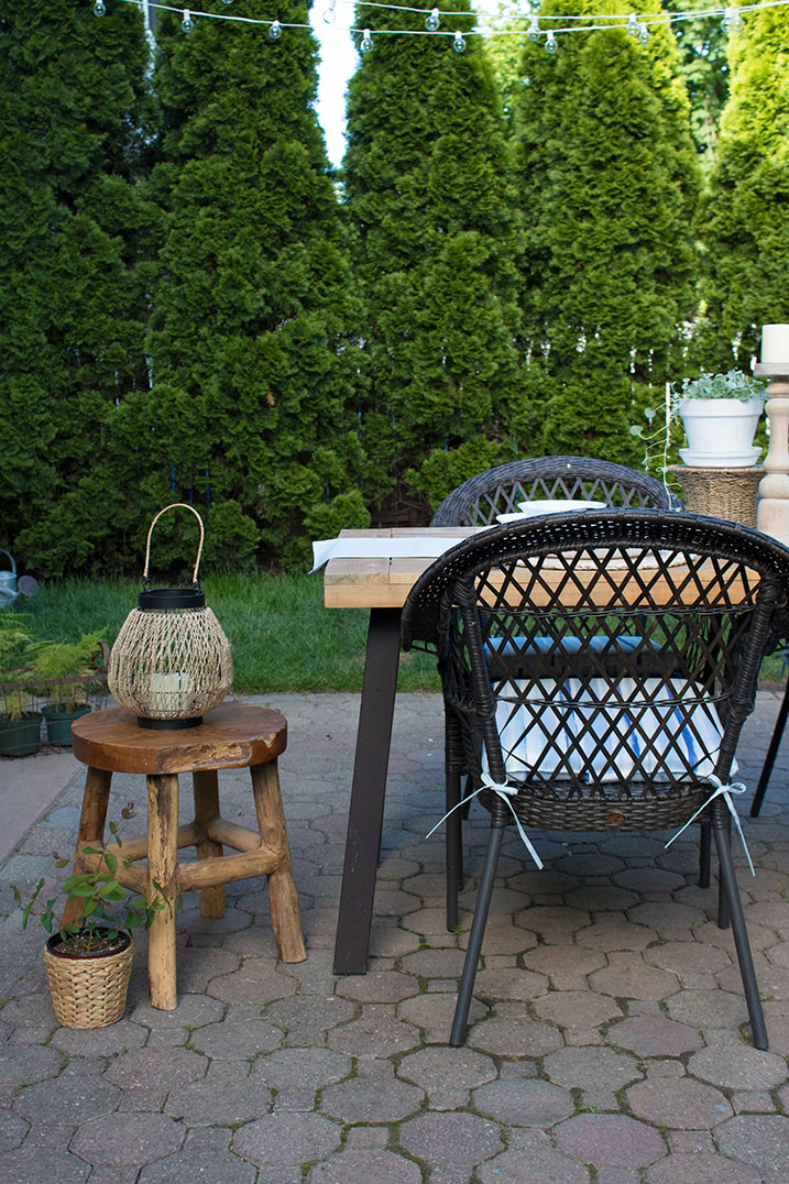 outdoor decorating ideas and pretty patio cushions