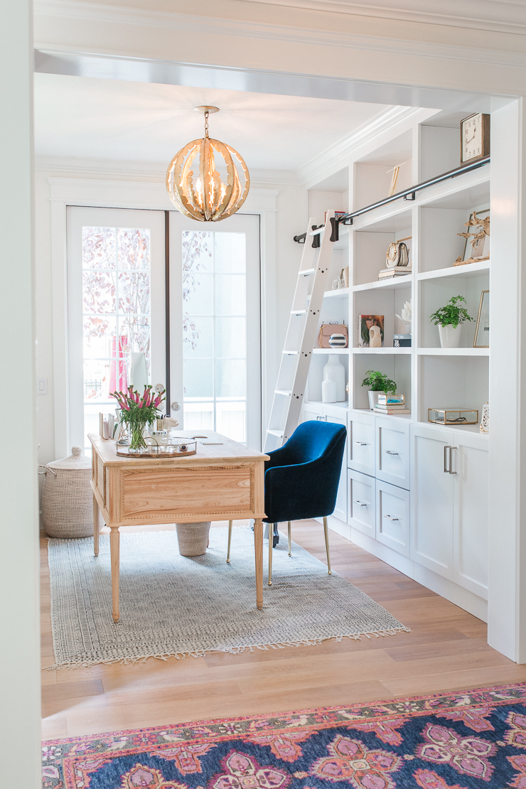 adorable home office from Sapphire Diaries