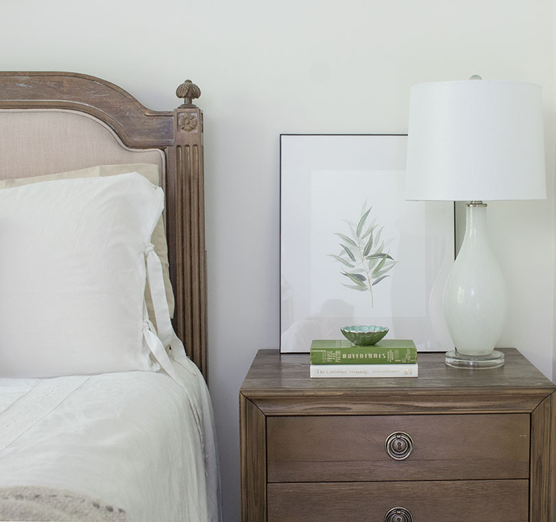 3 drawer nightstand decor swap