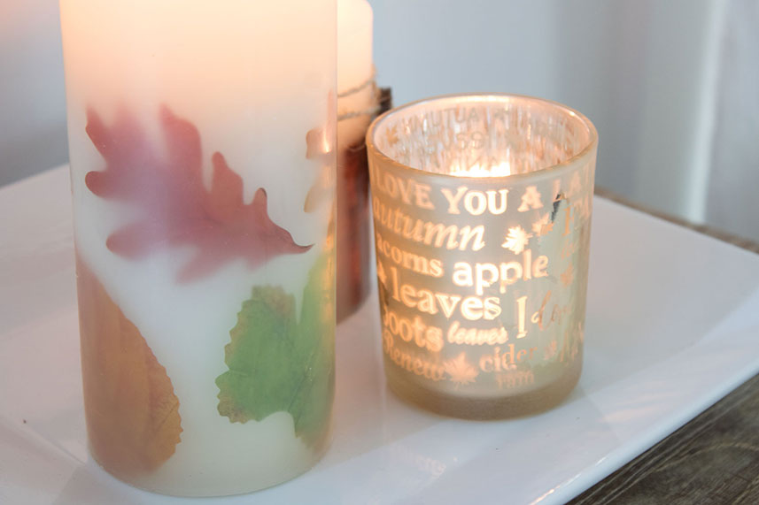 fall candles with leaves, pumpkin spice and apple cinnamon