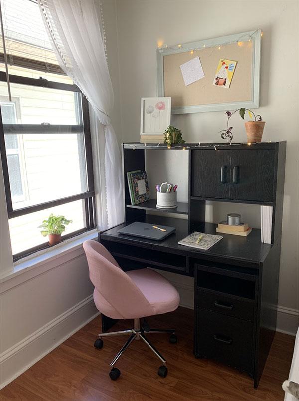 organized desk accessories