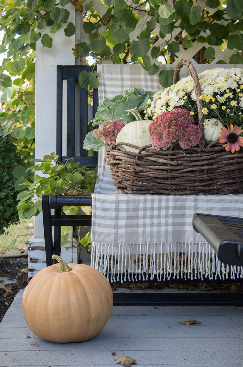 beautiful-fall-front-porch