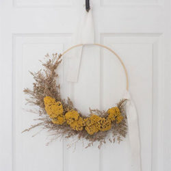 how to make a fall wreath using dried flowers