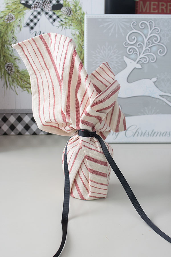Creative gift wrapping ideas - unique !