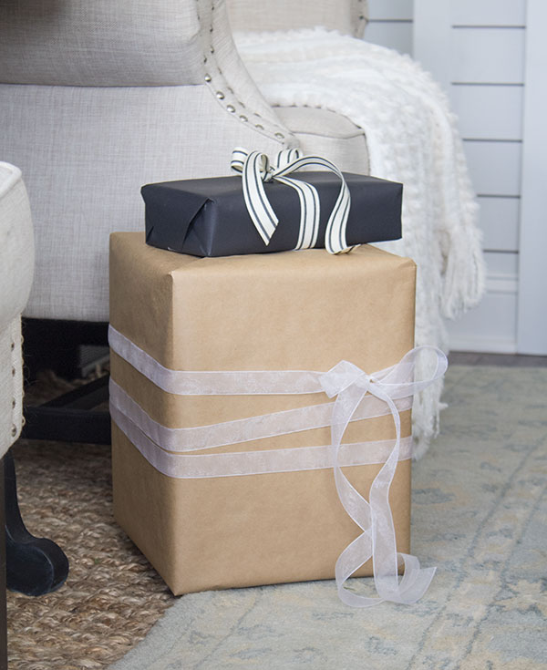 Simple Gift wrapping ideas for Christmas