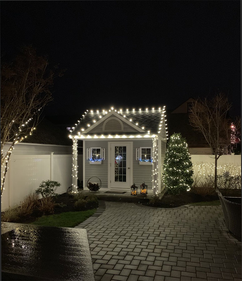 Decorating with Christmas house lights outdoor ideas