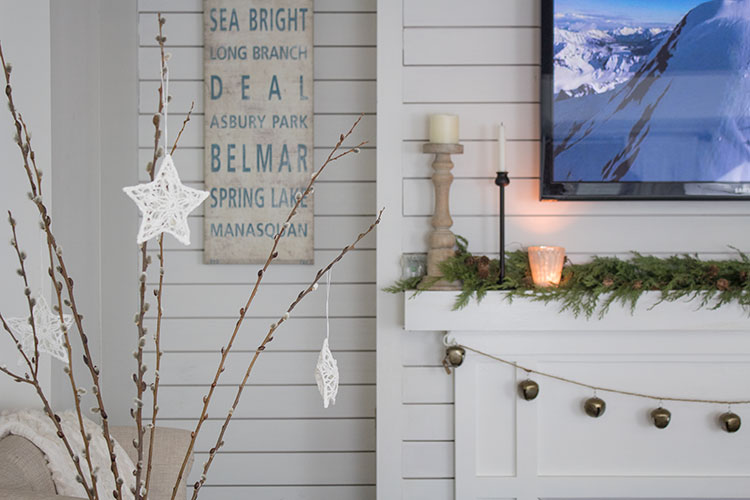 decorating with ornaments, last minute Christmas decorating ideas