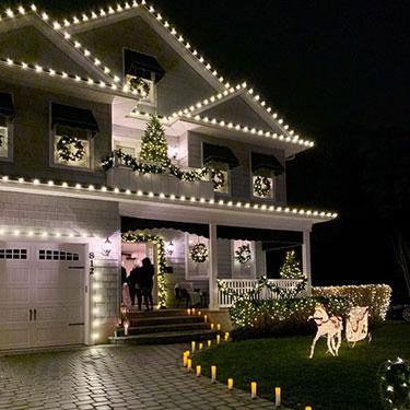 Christmas House Lights – Showhouse Tour
