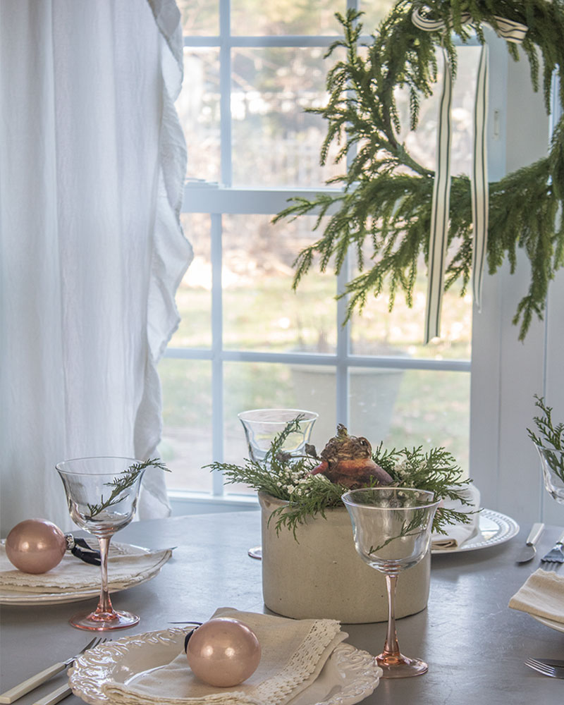You would never believe this holiday table was decorated with budget friendly vintage finds