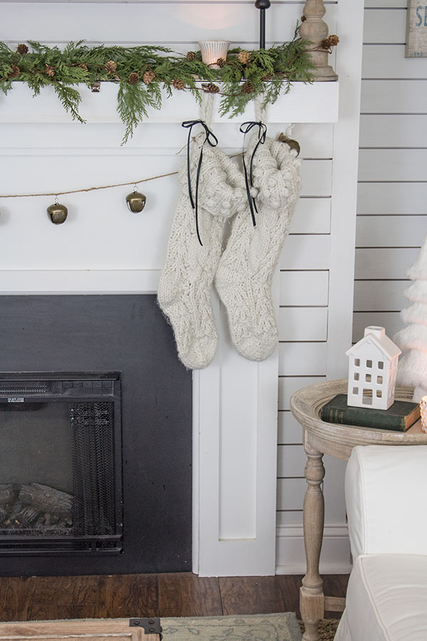 Last minute Christmas decorating ideas using fresh greenery and garland