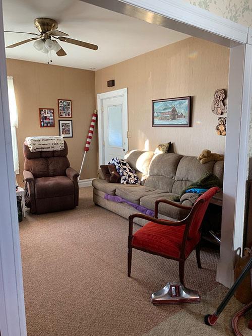 living room/family room/den/office