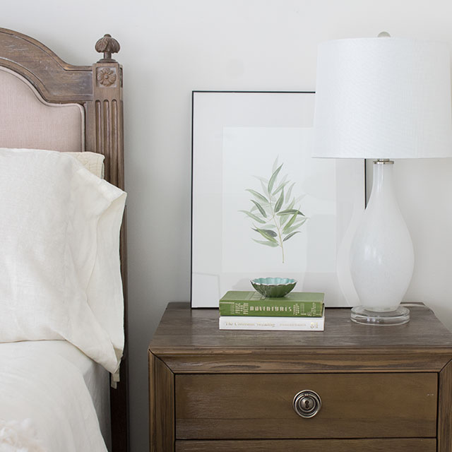 art on bedroom nightstands, decorating ideas