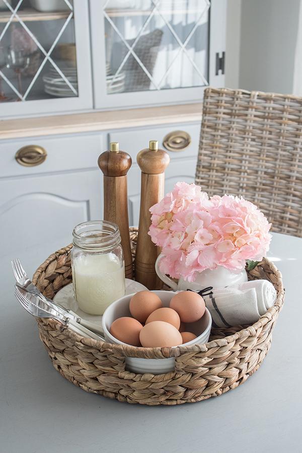 Spring dining nook breakfast tray