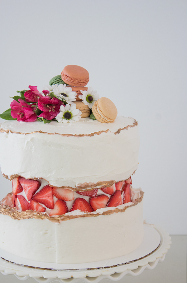 Pretty cake decorating ideas layered cakes