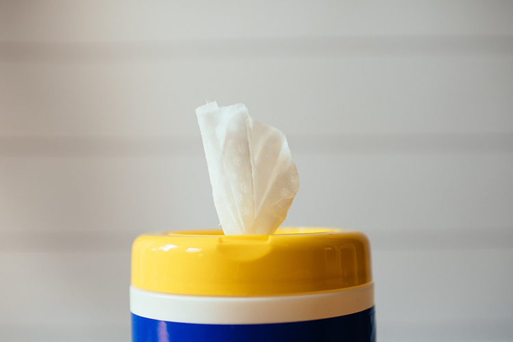 how to make your own antibacterial wipes