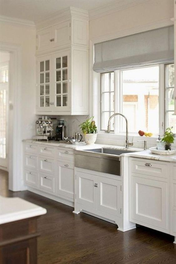 white interior design in the kitchen -ideas and color schemes