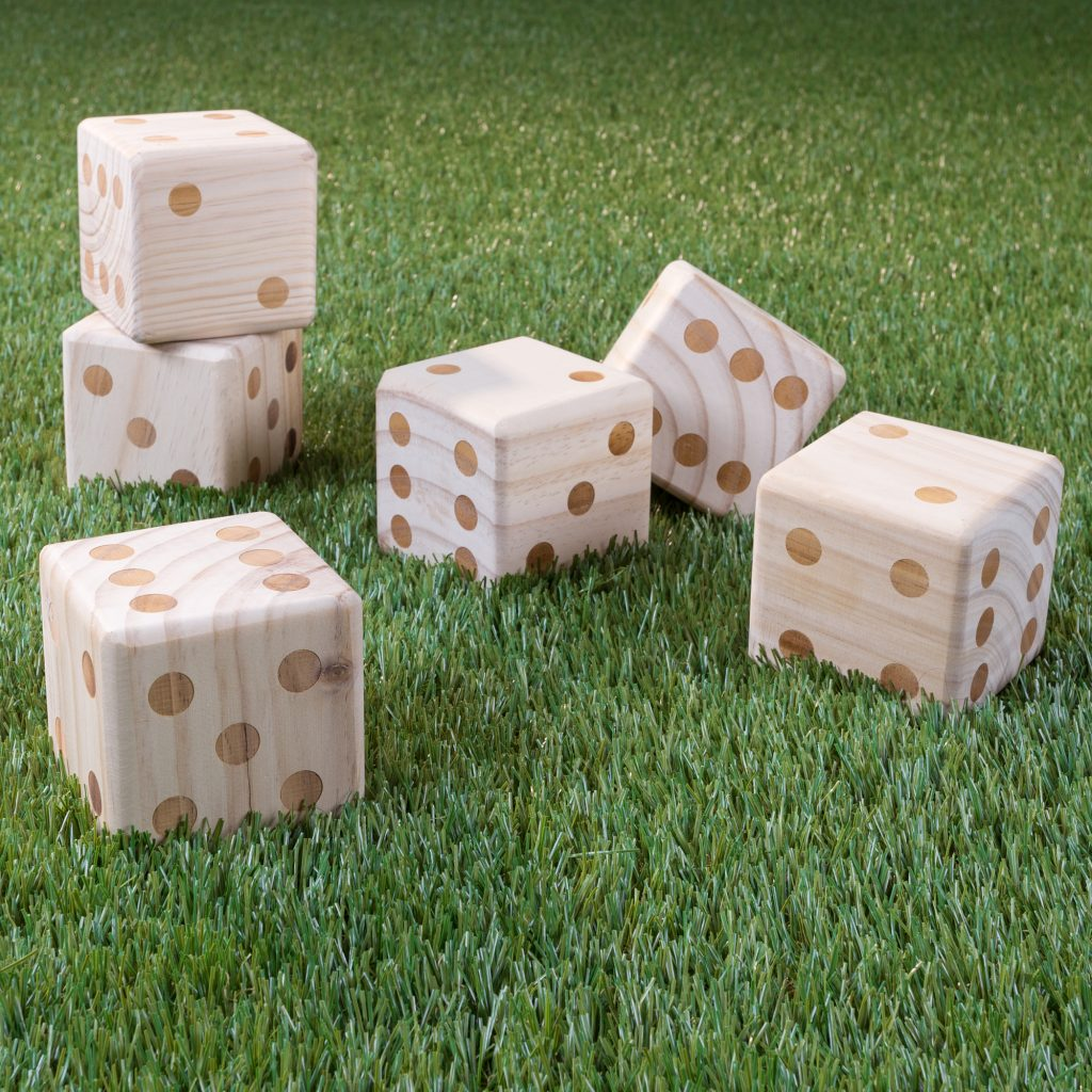 giant lawn dice with carrying case for outdoor entertainment