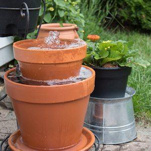 FI-DIY-Garden-Fountain-Using-Planter-Pots