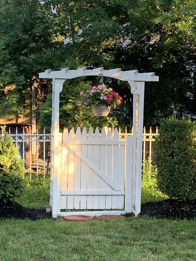 cottage style garden arbor