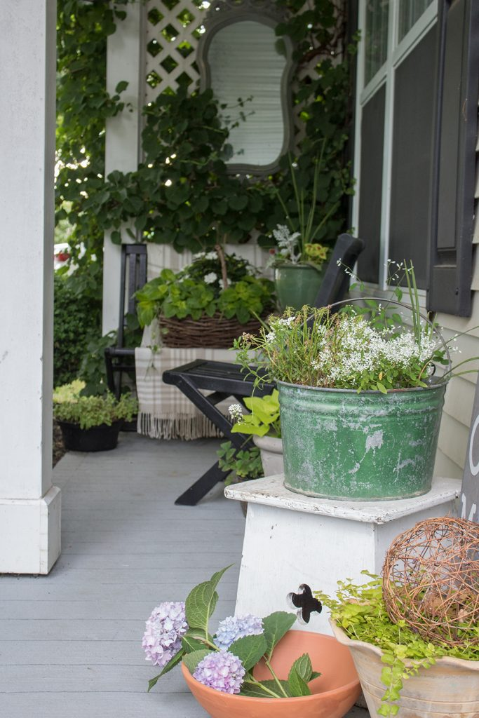 flea market decorating porch