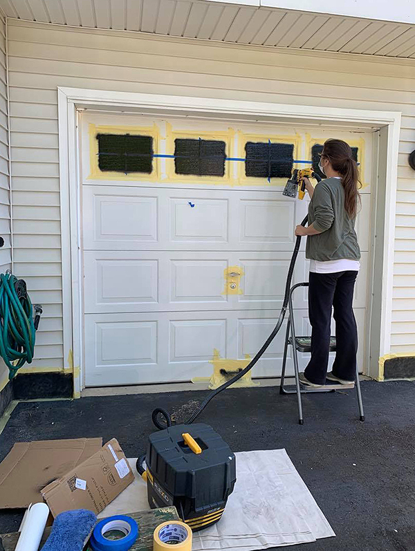 metal-garage-door-paint