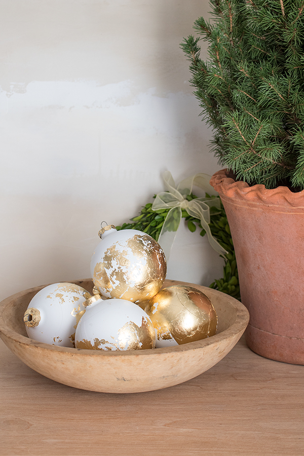 how to gold leaf ornaments
