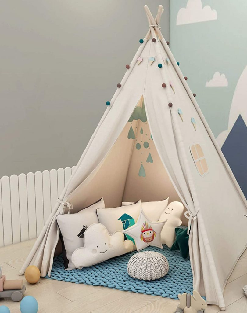 this teepee tent makes a great gift ideas for kids
