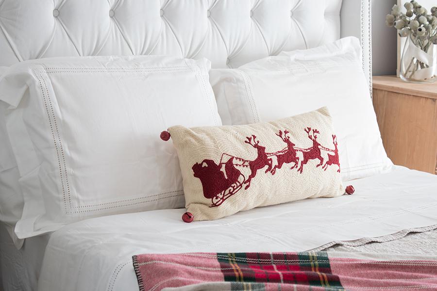 Christmas themed bedroom