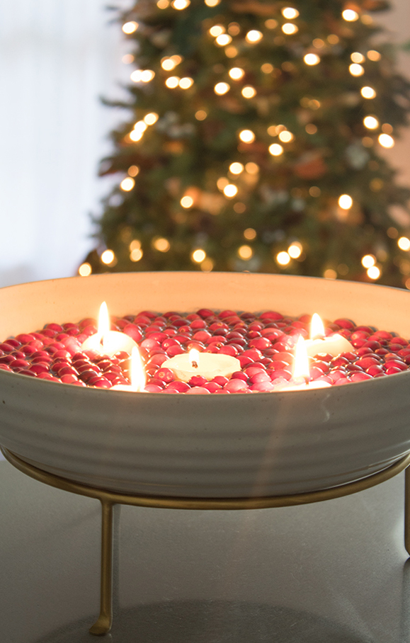 easy DIY Christmas centerpiece with floating candles