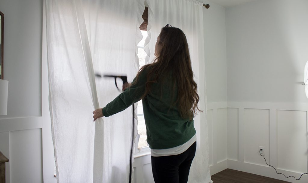 how to steam curtains