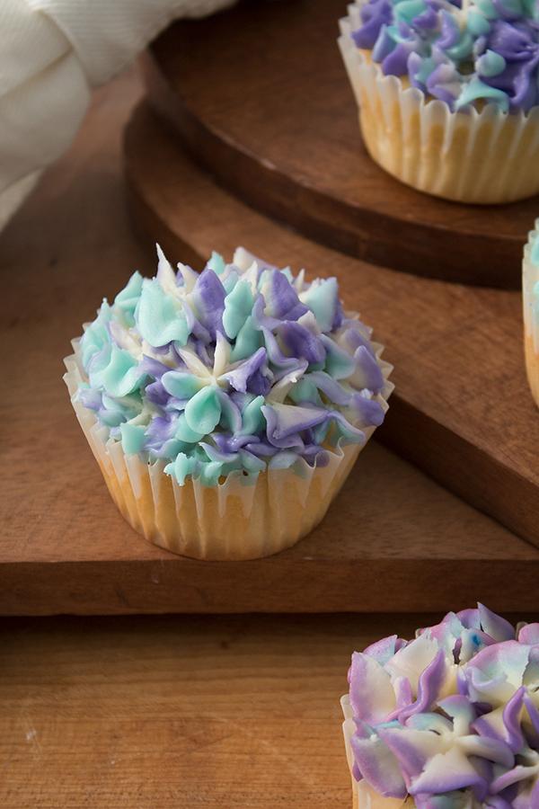 vanilla bean flavored cupcakes