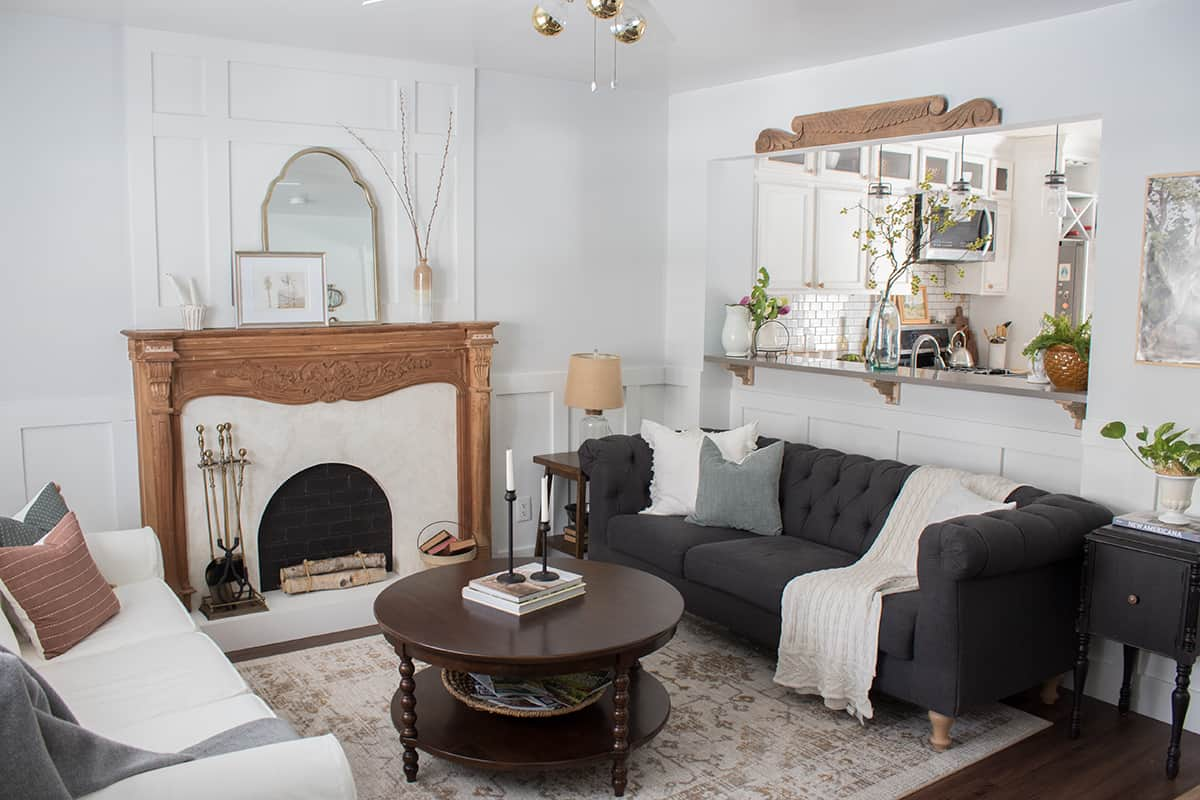 How to get this look, faux fireplace with Roman Clay  - add a focal point and architectural detail to your living room!