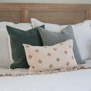 FI-small-master-bedroom-makeover-ideas