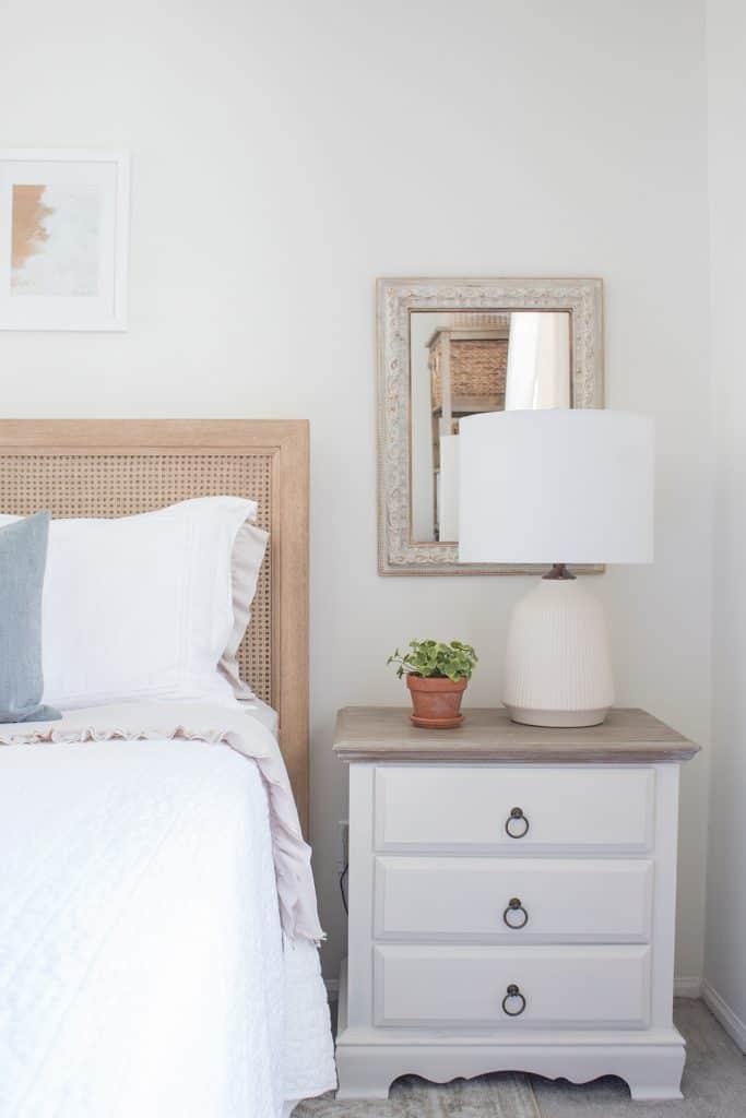 bedroom-nightstands