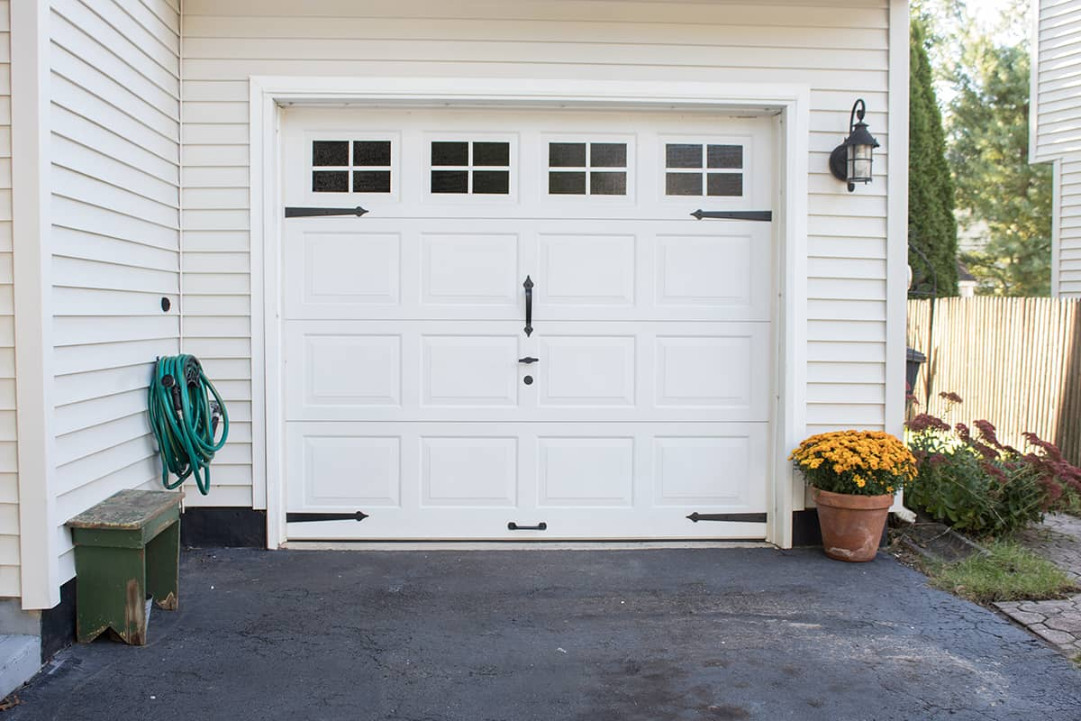 garage door makeover budget