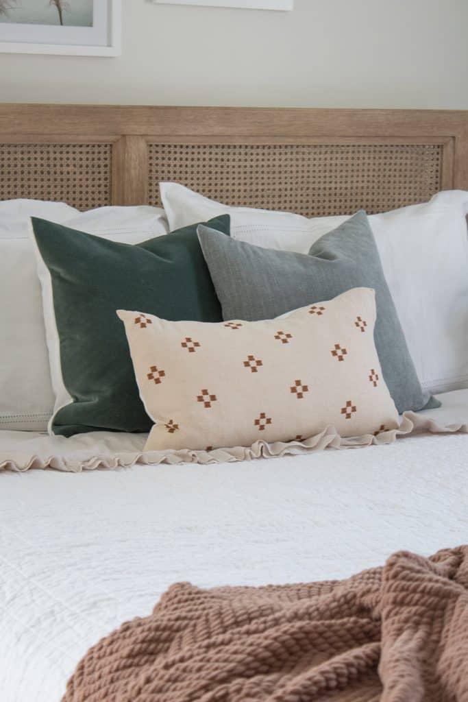 master-bedroom-headboard-ideas