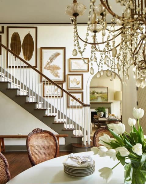 traditional-foyers