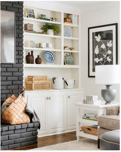 tradtional-living-room-with-brick-fireplace