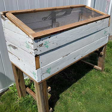 DIY Planter Box From Old Table