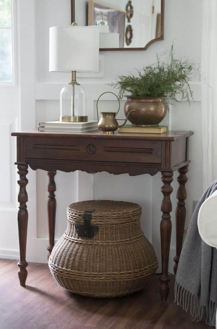 how to mix and match old and new decor
