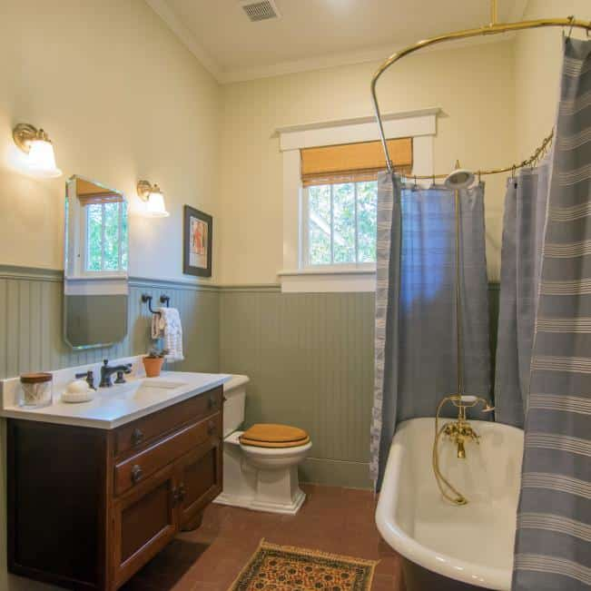 What is the American craftsman style?   Learn the characteristics and see beautiful examples of rooms designed in the craftsman style.