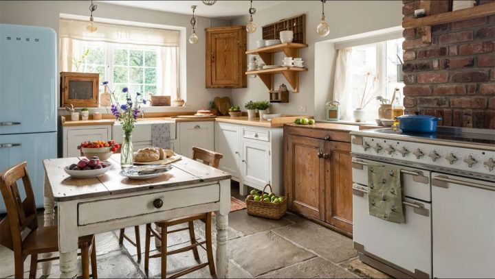 eclectic cozy kitchen