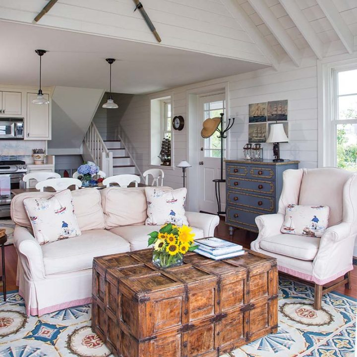 small cottage style living room and kitchen