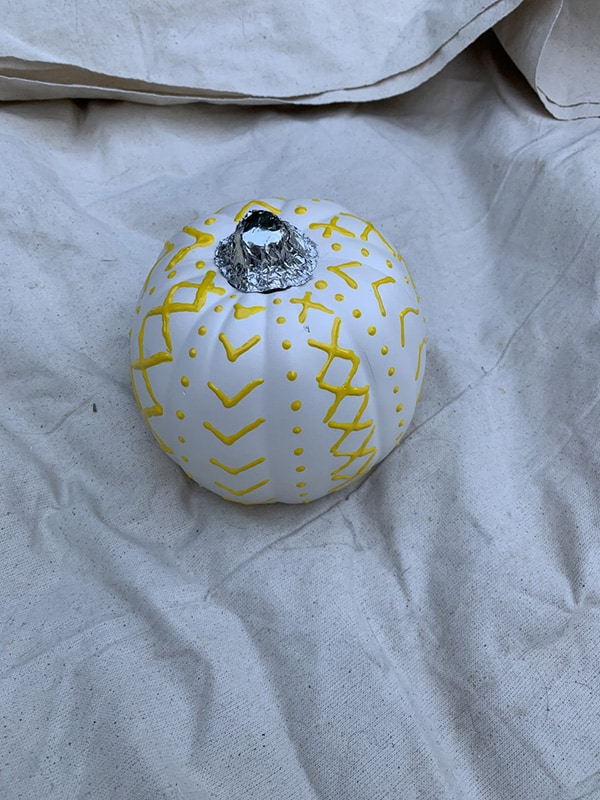 painted sweater pumpkins how to